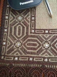 Bargello, Cross Stitch Embroidery, Diy And Crafts, Greek, Fabrics, Patterns, Hardanger, Needlepoint, Tejidos