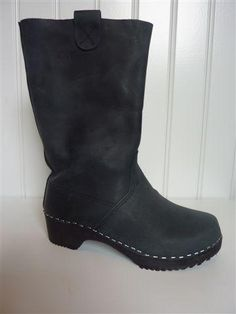 clog/boots