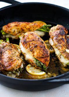 Creamy Cilantro Sauce and Dressing | Gimme Delicious Chicken Asparagus, Asparagus Recipe, Creamy Chicken, Grilled Chicken, Lime Chicken, Butter Chicken, Chicken Rice, Popeyes Chicken, Avocado Chicken