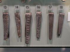 silver bracelets showing various stamps Medieval Jewelry, Viking Jewelry, Ancient Jewelry, Viking Hood, Viking Garb, Viking Arm Rings, Roman Jewelry, Viking Life, Viking Bracelet