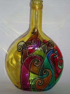 These wine flask pastimes give you a ton of techniques to pull out and re-invent this everyday piece. Glass Bottle Crafts, Wine Bottle Art, Painted Wine Bottles, Diy Bottle, Glass Bottles, Art Deco Centerpiece, Decoration, Glass Painting Designs, Decoupage Glass
