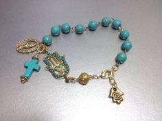 Bracelet chapelet Turquoise Bleu OOAK avec Hamsa par TheArtOfFaith