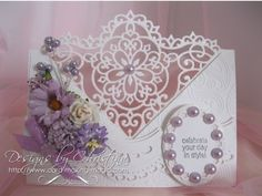 Decorative Blossom Corner----The beautiful Decorative Blossom Corner is another die from Spellbinders and it can help you to create a really stunning card that will certainly get the comments from people who see it.