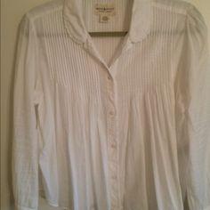 Button Down Shirt White button down shirt never worn it runs big Ralph Lauren Tops Button Down Shirts