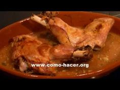 ▶ Paletilla o pierna de cordero asada al horno - Recetas con cordero lechal - YouTube