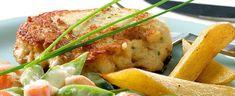 Det er bare å kjøre det sammen i en… Seafood Recipes, Dinner Recipes, Cooking Recipes, Healthy Recipes, Norwegian Food, Salmon Burgers, Hamburger, Good Food, Food And Drink