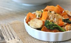 SCD Thai Pad See Ew (*Substitute 1/4 cup of water & 1/2 tsp of salt for the coconut aminos...)