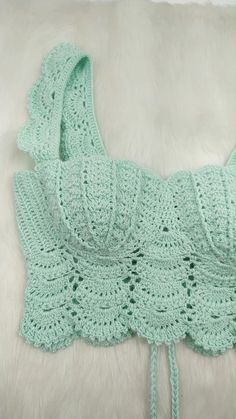 Top Tejidos A Crochet, Crochet Bra, Crochet Bikini Pattern, Crochet Crafts, Crochet Clothes, Crochet Projects, Crochet Blouse, Crochet Stitches Patterns, Crochet Designs