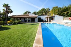 Beautiful Villa in walking distance to Puerto Pollensa with good rental income.