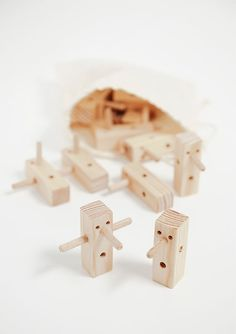 The Wood Collector Modern Toys, Wood Images, Kids Wood, Creative Play, Designer Toys, Wooden Blocks, Wood Toys, Jouer, Kids Decor