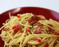 MMMM, so yummy. Pasta Carbonera, great with some chopped zucchini and fresh tomato added.