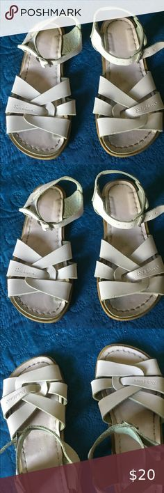 LEATHER SHINNY PINK SWEETHEART SUN SAN SALTWATER SANDALS SZ 5T 3 YOUTH