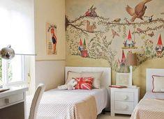 Оригинальные обои-раскраски, экологичная шелковая штукатурка и фотообои для маленькой комнаты – архитектор дает советы, как выбрать идеальные отделочные материалы для стен детской