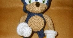 This is the latest of the plushies I've been working on.  Sonic came out better than I had thought it would at first,  and for *once*...