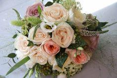 Vintage Bouquet pics please :  wedding bouquet 1920s 1 gatsby art deco vintage Bridal+Bouquet