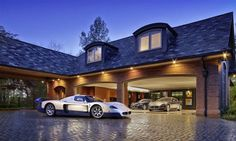 22 Luxurious Garages Perfect for a Supercar | BlazePress