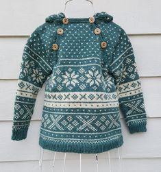 Snøhetta anorak and sweater von SiSiVeAS auf Etsy Knitting For Kids, Free Knitting, Baby Knitting, Knitting Patterns, Tejido Fair Isle, Norwegian Knitting, Fair Isle Knitting, Baby Sweaters, Toddler Outfits