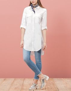 Long poplin shirt with pockets Outfits Camisa Blanca, Outfits Con Camisa, Stylish Dresses, Women's Fashion Dresses, Casual Dresses, Casual Outfits, Kurta Designs, Blouse Designs, Dress Over Pants