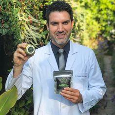 El Dr. Ricardo Soto panelista del programa @bienvenidos13 feliz con sus productos de #MatchaChile  10 veces más antioxidantes que un té verde tradicional 100% orgánico  Compras con envío a todo Chile en http://ift.tt/2jo8tPb  -------- #matcha #matchachile #drsoto #orgánico #antioxidantes #vidasana #téVerde #matchalovers #ventas #compras #envío #chile