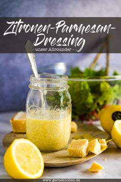 Parmesan Dressing, Vinaigrette, Nutritious Smoothies, Strawberry Smoothie, Corned Beef, Eating Plans, Fruits And Veggies, Smoothie Recipes, Meal Planning
