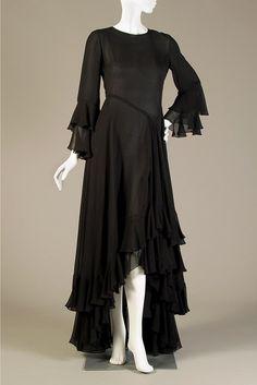 Black silk chiffon evening dress, Oscar de la Renta, 1970s, Collection of the Kent State University Museum, KSUM 1983.1.1279.