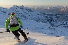 Telemark skiing at Småtindan, Lofoten in Nordland