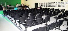 Vereadores aliados da Prefeita reprovam sessão noturna