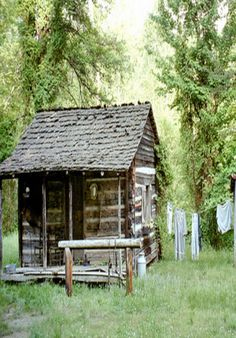 Cabin With A Clothes Line