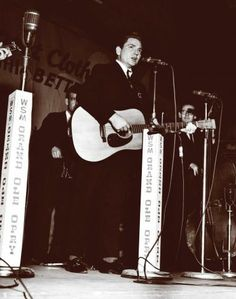 Nelson live in the late 1960s. Photo: Picasa, HC / handout