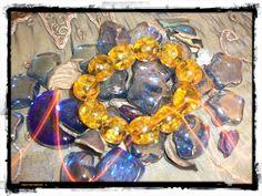 Bangle con preziose pietre gialle