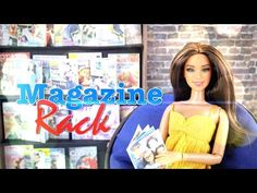 DIY - How to Make: Doll Magazines & Magazine Rack - Handmade - Crafts Dollhouse Accessories, Barbie Accessories, Barbie Hair, Barbie Clothes, Barbie Furniture, Doll Crafts, Diy Doll, My Froggy Stuff Videos, Myfroggystuff