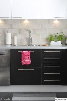 moderni,keittiö,vaalea,skandinaavinen,musta