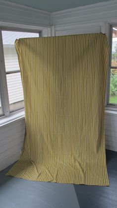 5 Upcycled Projects With a Tablecloth | DIYNetwork.com