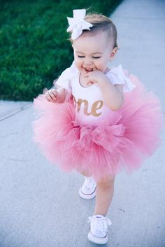 Dusty Rose Baby Girl Tutu Fluffy and Soft Birthday Tutu Baby Birthday Dress, 1st Birthday Photoshoot, First Birthday Tutu, 1st Birthday Outfits, 1st Birthday Parties, Tutu Bailarina, Tutu Outfits, Aaliyah Outfits, Baby Tutu Dresses