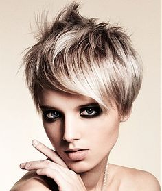 Short Layered Hair Style Trends 2011
