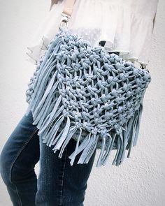 Instagram Widget, Crochet Handbags, T Shirt Yarn, Animal Quotes, Blogger Themes, Ravelry, Tattoo Designs, Blanket, Boho