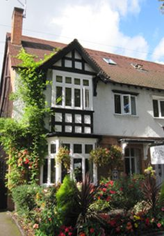 C A B Stratford Upon Avon Glen Guesthouse Dublin | Places to stay around the world | Pinterest ...