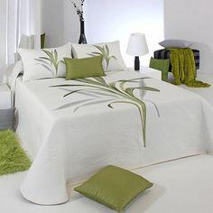 Designer Bed Sheets, Luxury Bed Sheets, Luxury Bedding, Bedroom Comforter Sets, Linen Bedroom, Bedroom Decor, Girls Bedroom, Bed Sheet Painting Design, Luxury Bedspreads