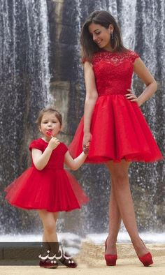 Mother Daughter Gowns Red Appliqued Lace Prom Dresses A Line Custom made 2016