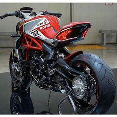 @galahaducati ➖➖➖➖➖➖➖➖➖➖➖➖➖➖➖ #2wheelslovers #Motorcycle #instamotogallery #ducati #bikelife #moto #motogp #sportbike #superbike #instamotorcycle #instamoto #pistonaddictz #bikeswithoutlimits #sportsbikelife #r1 #honda #yamaha #kawasaki #suzuki #mvagusta #cbr600rr #r6 #s1000rr #bikenight #yzf #yamahar1 #rideout #motogp2016 #bikerchick  #harleydavidson