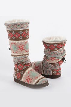 muk luks Ladies' Tina Flower Toggle Slipper Boot In Mountain Fog >> I bet these are super warm and comfy, perfect for me since I work from home! 29.99