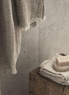 Bathroom Inspiration, Interior Inspiration, Rustic Furniture, Furniture Design, Pella Hedeby, Slow Living, Bathroom Styling, Color Pallets, Farmhouse Decor