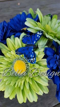 Check out this item in my Etsy shop https://www.etsy.com/listing/470513473/royal-blue-and-lime-green-daisy-bridal