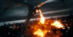 """""""Der Hobbit: Die Schlacht der fünf Heere"""" - Das Ende der Triologie präsentiert sich in """"Die Schlacht der fünf Heere"""" in Form einer gigantischen Schlacht."""