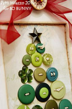 button cristmas tree, great idea for all those old mismatched buttons