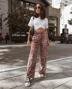 10 Cool Ways to Wear Leopard Print - This edgy fashion trend + style tips is gua. - 10 Cool Ways to Wear Leopard Print – This edgy fashion trend + style tips is guaranteed to turn h - Celebrity Style Casual, Celebrity Style Inspiration, Edgy Style, Mode Inspiration, Style Men, Street Style Edgy, Street Style Summer, In Style, Style Ideas