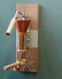 Cool coffee maker by Wouter Strietman, see: www.strietman.net