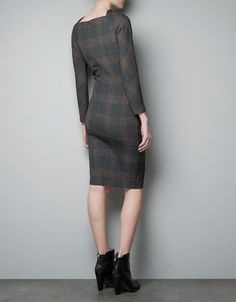 FITTED CHECKED DRESS - Dresses - Woman - ZARA