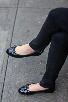 chanel ballet flats + skinny jeans