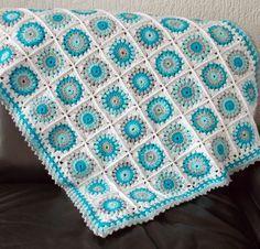 Bu soğuk günlerde içimizi ısıtacak bir bebek battaniyesi modeli anlatmak istiyorum sizlere. Güneş ışığı bebek battaniyesi modeli. Biraz olsun içimizi ısıtı